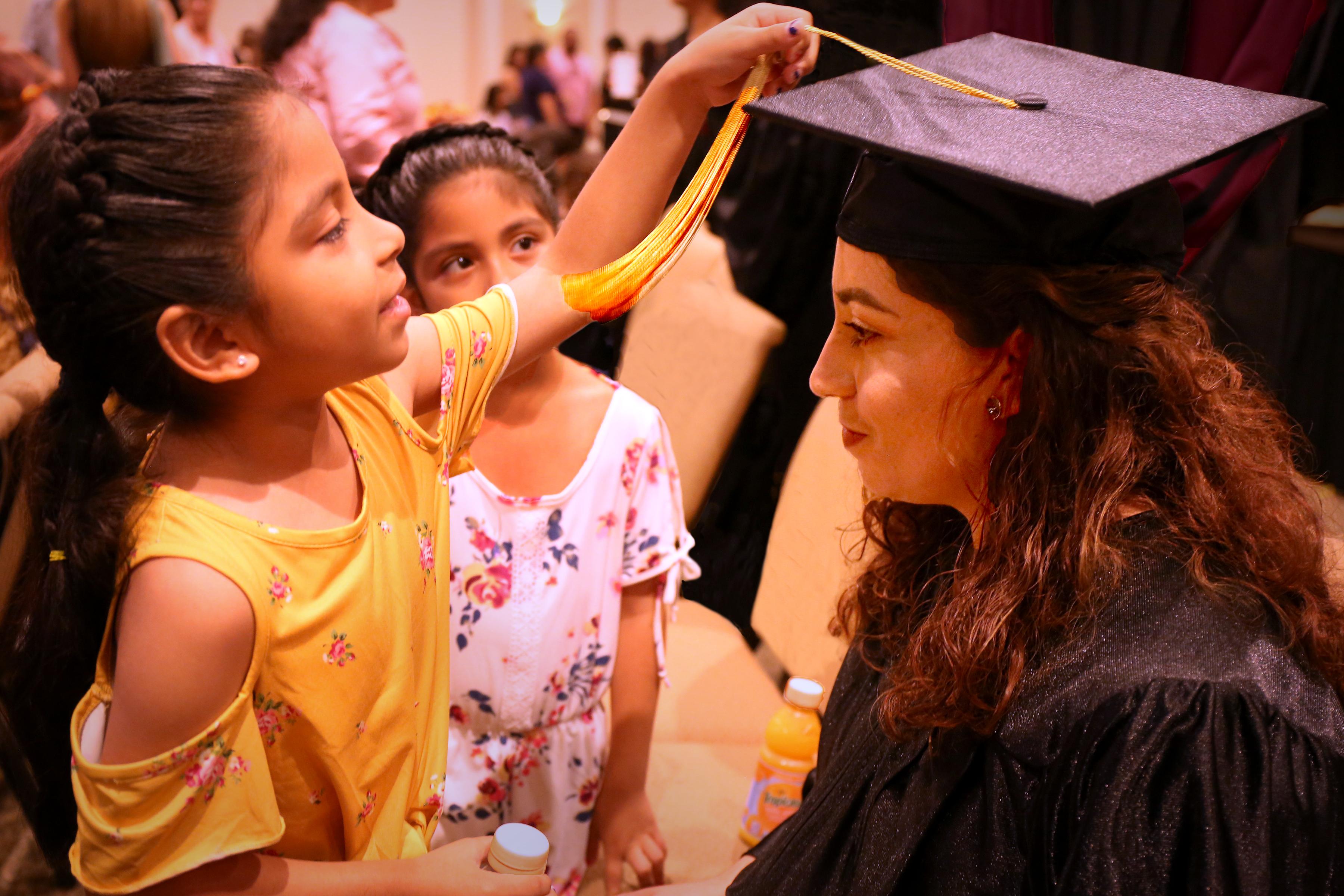 graduation mom daughter