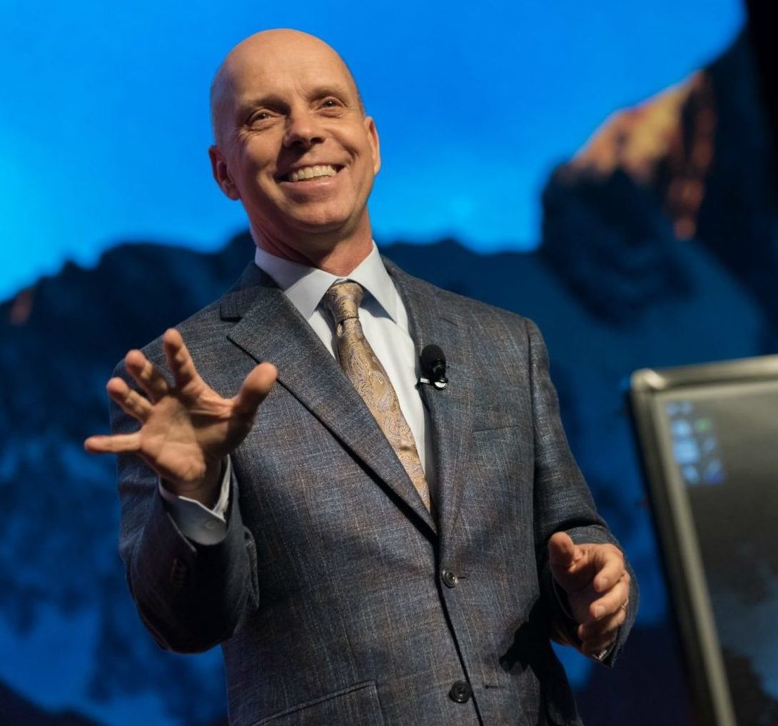 Scott Hamilton speaking at Mastermind 2017